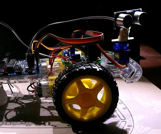 YourDuino: Basic Arduino-Compatible Collision-Avoiding Robot