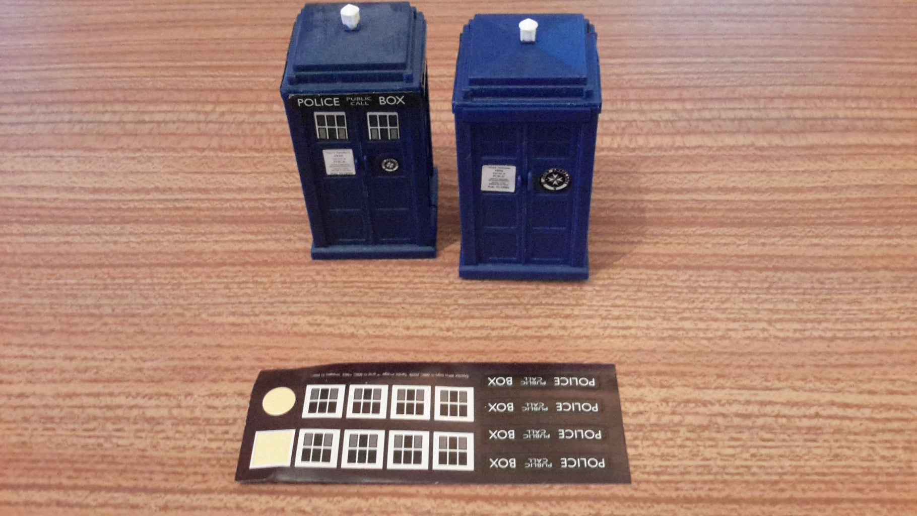 Step 9 Add Pull to Open Tardis Sign