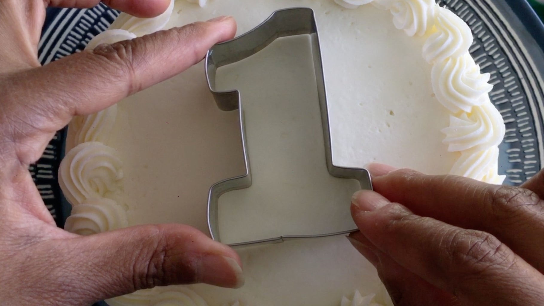 Step 13: Center the Cutter on the Top of the Cake
