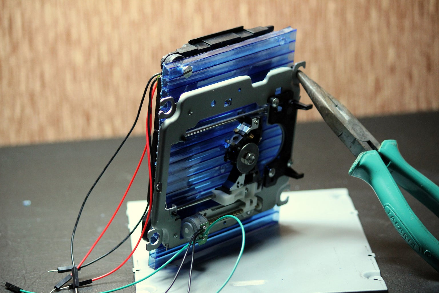 Combine the Z Axis and X Axis and Mount Them