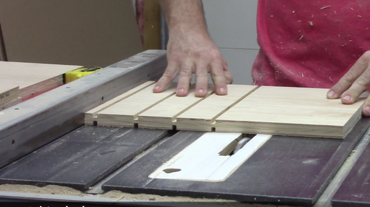 Cut Dados in Risers & Assembly the Box