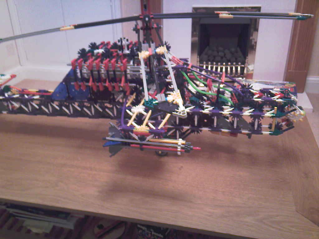 Knex Apache Helicopter Gunship
