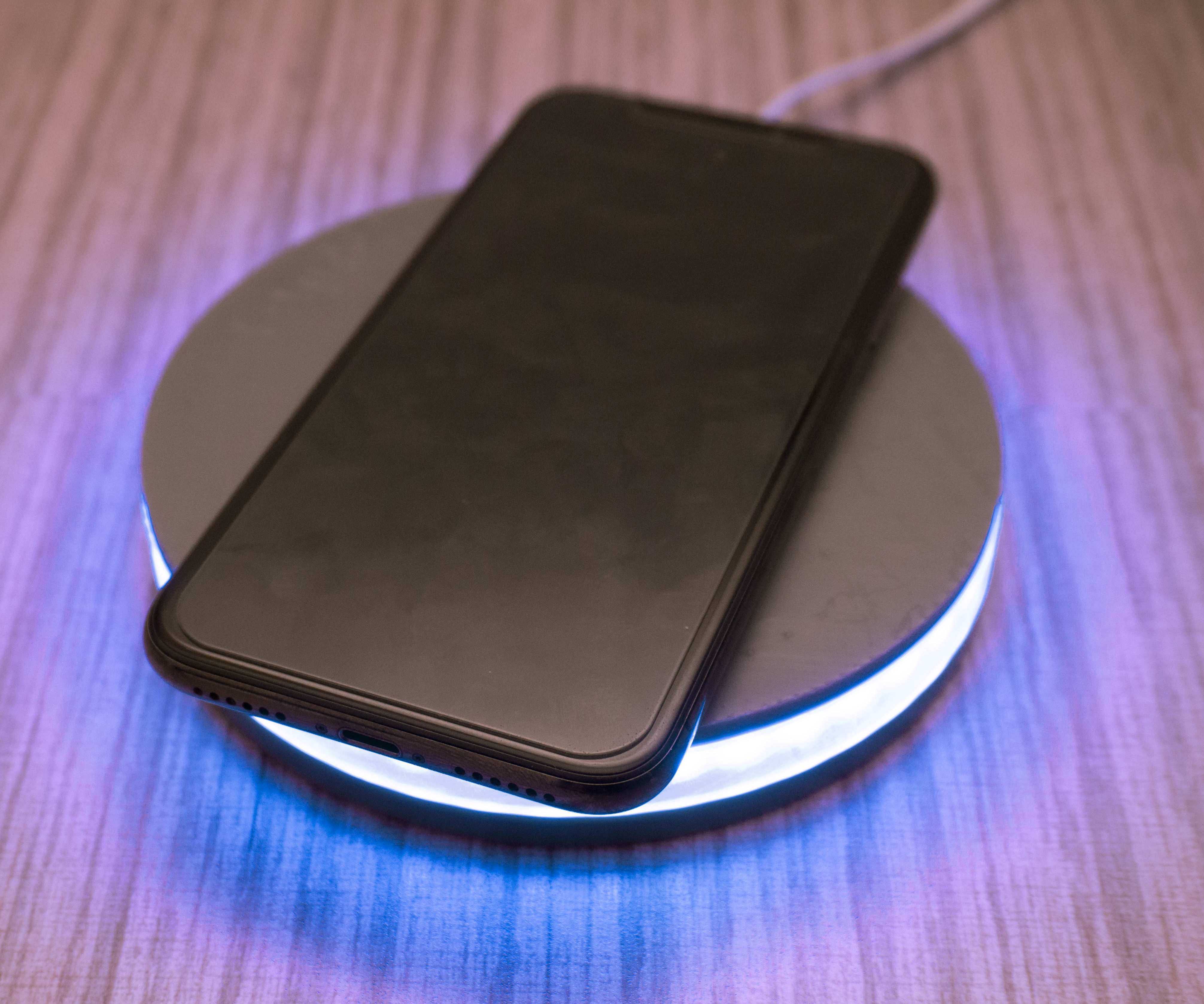 LED Reactive Wireless Charger