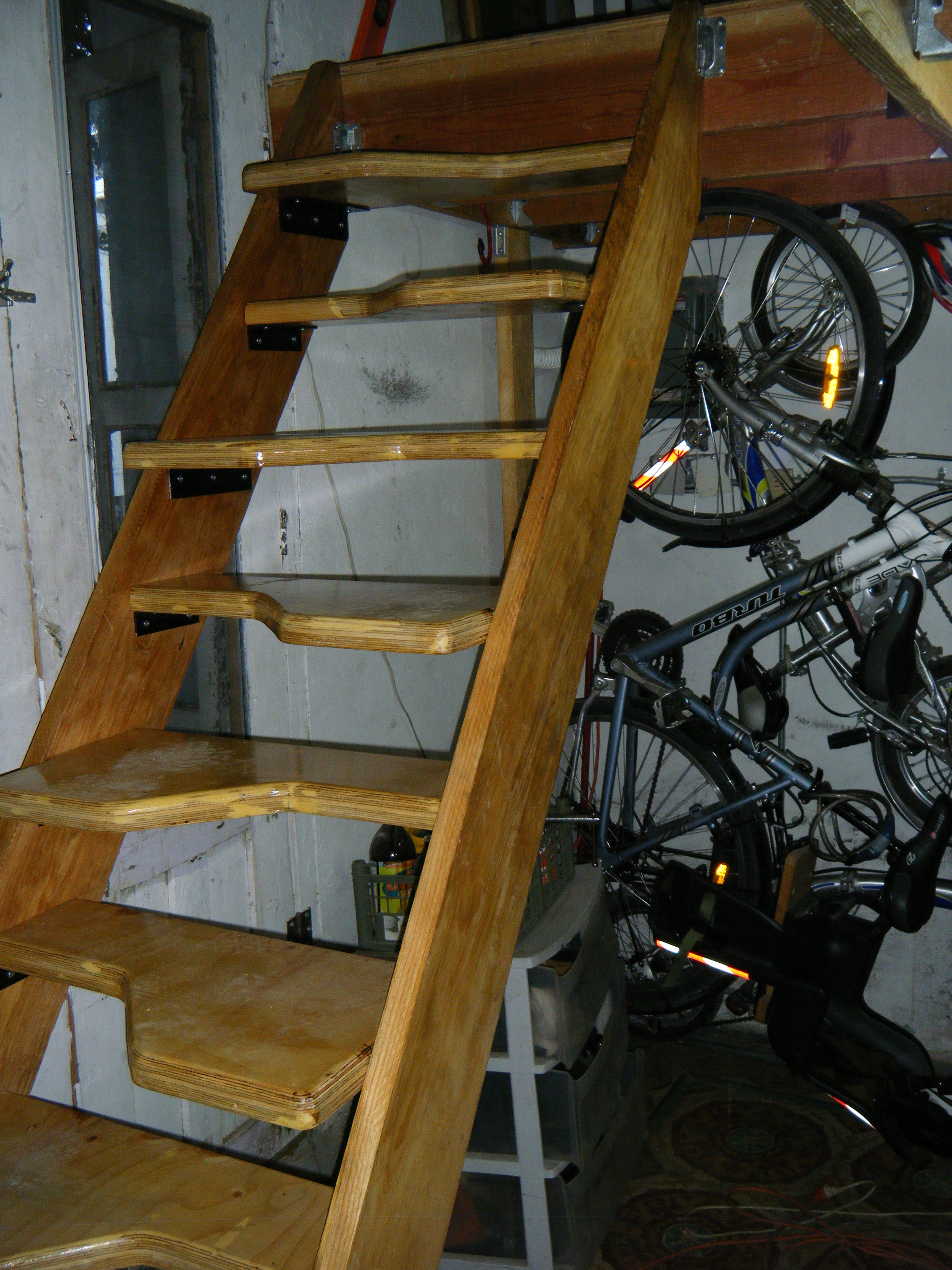 Alternating Tread Stairs 10 Steps Instructables