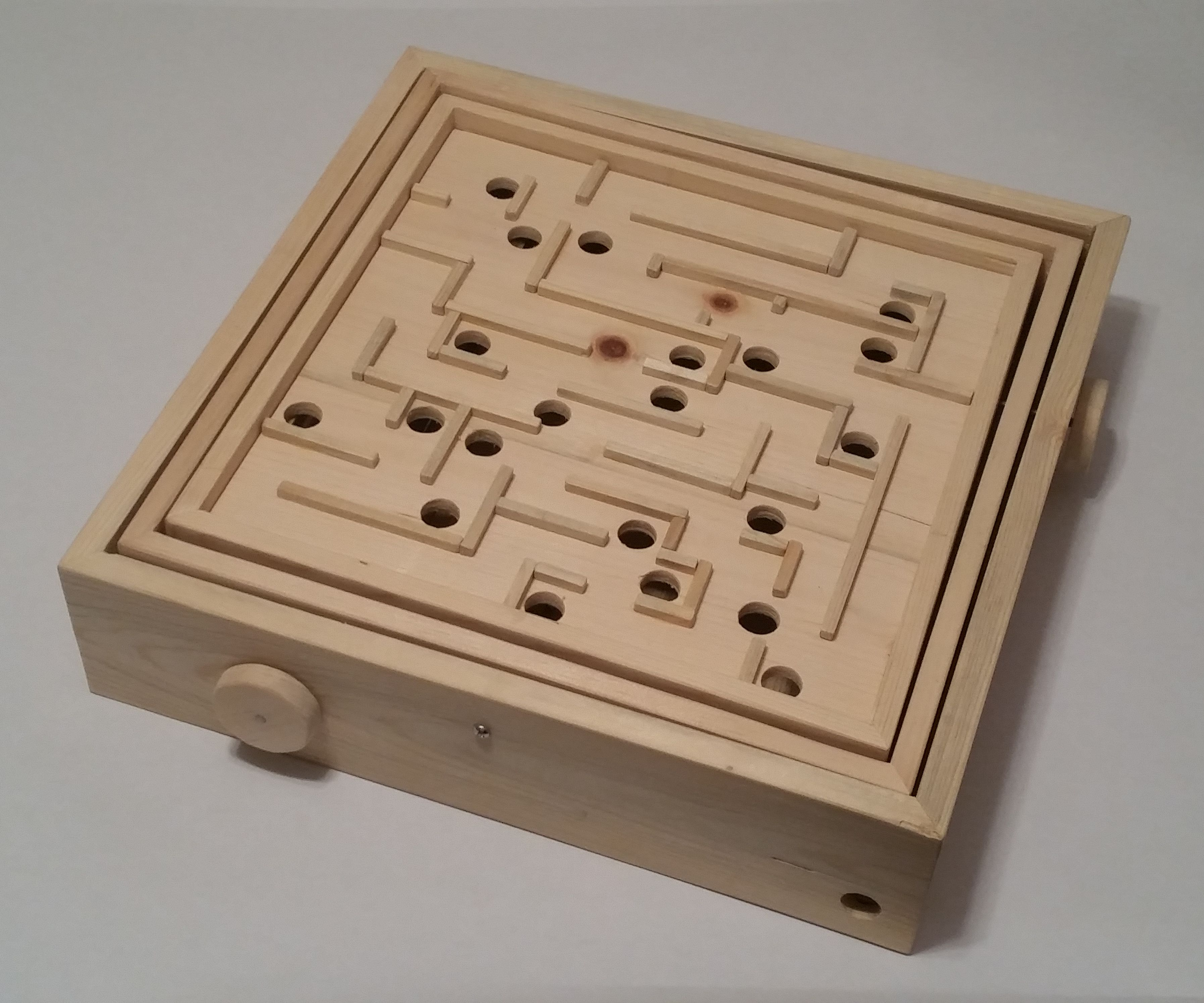 Labyrinth - From a Single 2x4