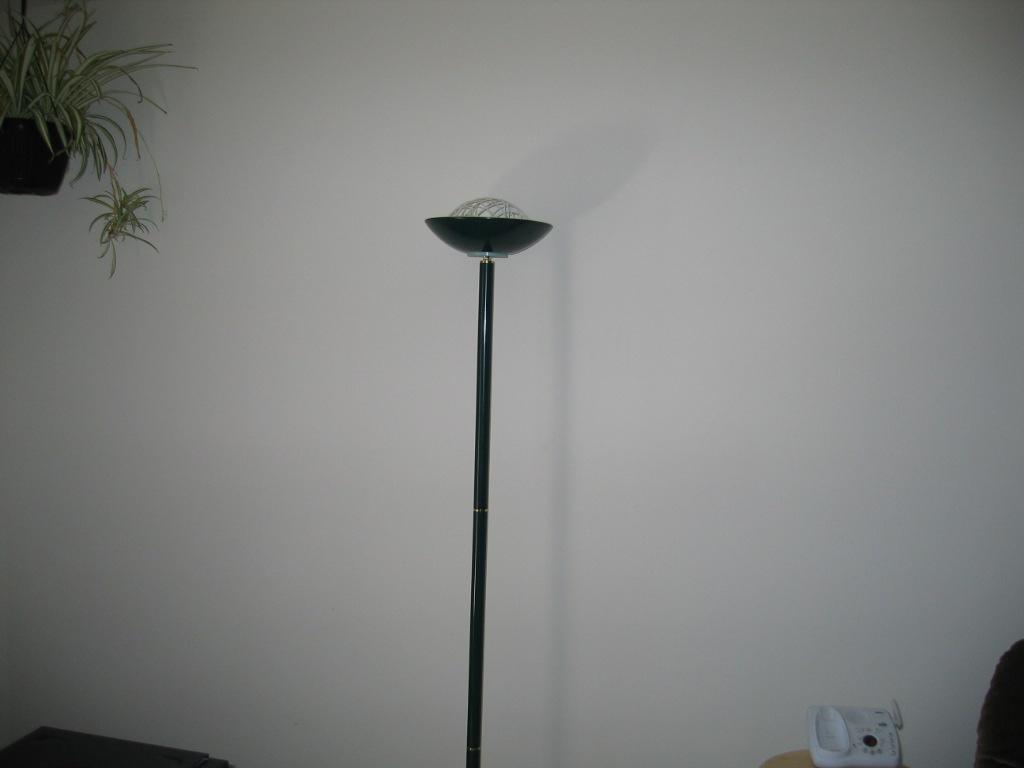 Convert a 300 Watt Torchiere Lamp into a Dual 20 Watt CFL