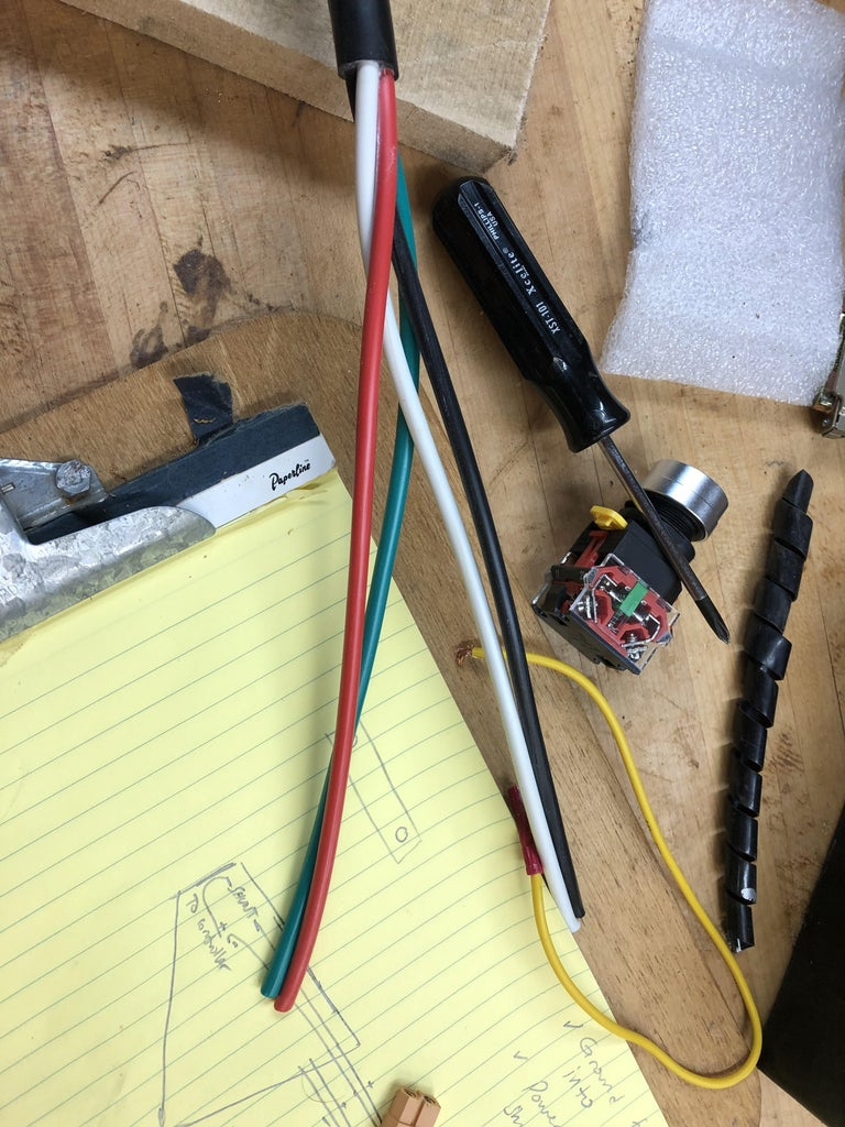 Waste Not, Want Not - Using an Old Dryer Plug for the Battery Wiring