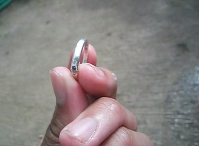 How to Clean Your Ring and Your Jewelry With TOOTPASTE
