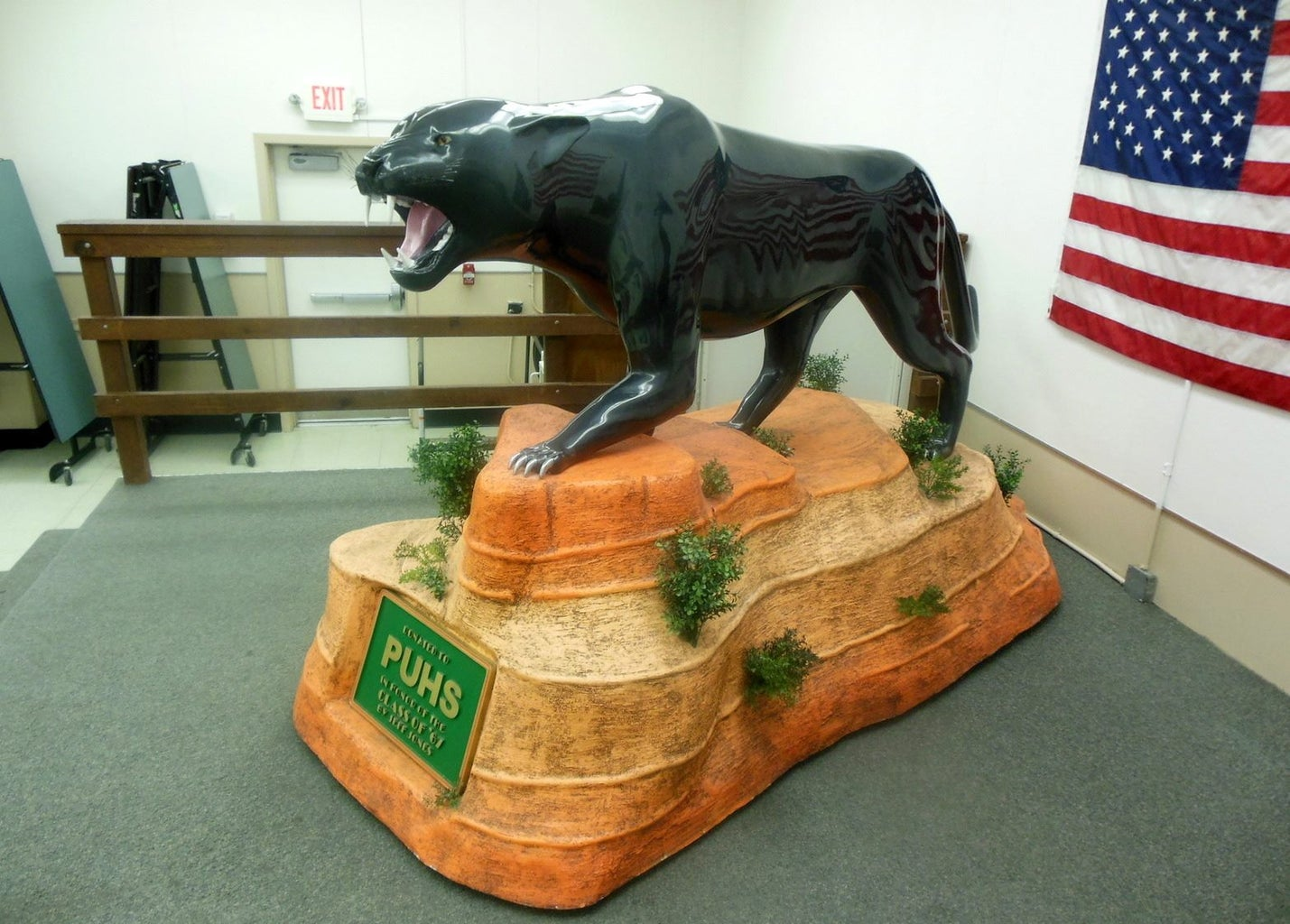 Woodcarving Panther Statue