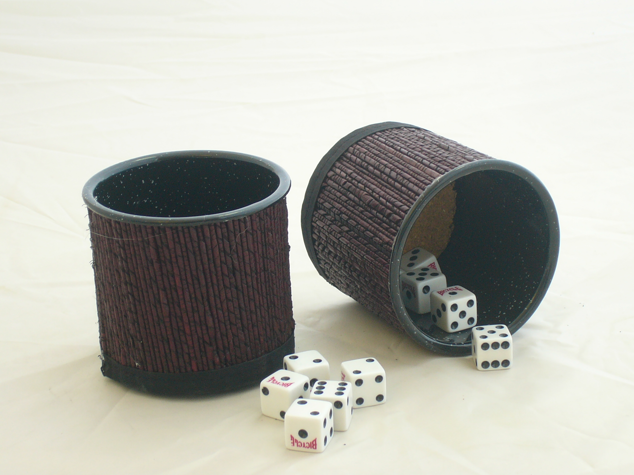 How to make Dice Cups