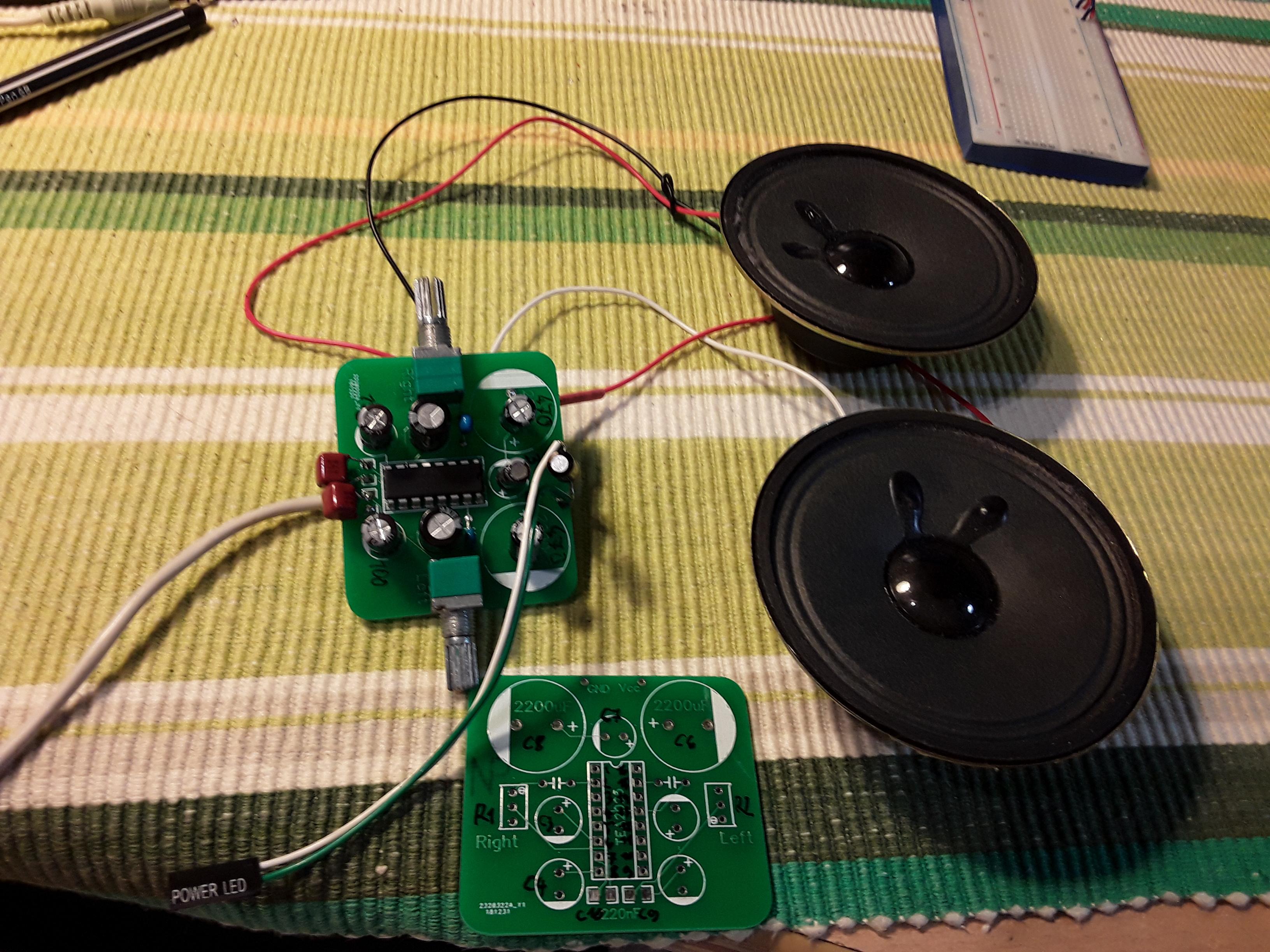 Class D Amplifier Using TEA2025 IC