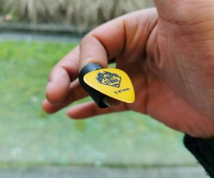 D4E1 Plectrum Assistance