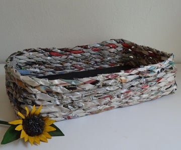 Finish Weaving Your Newspaper Basket