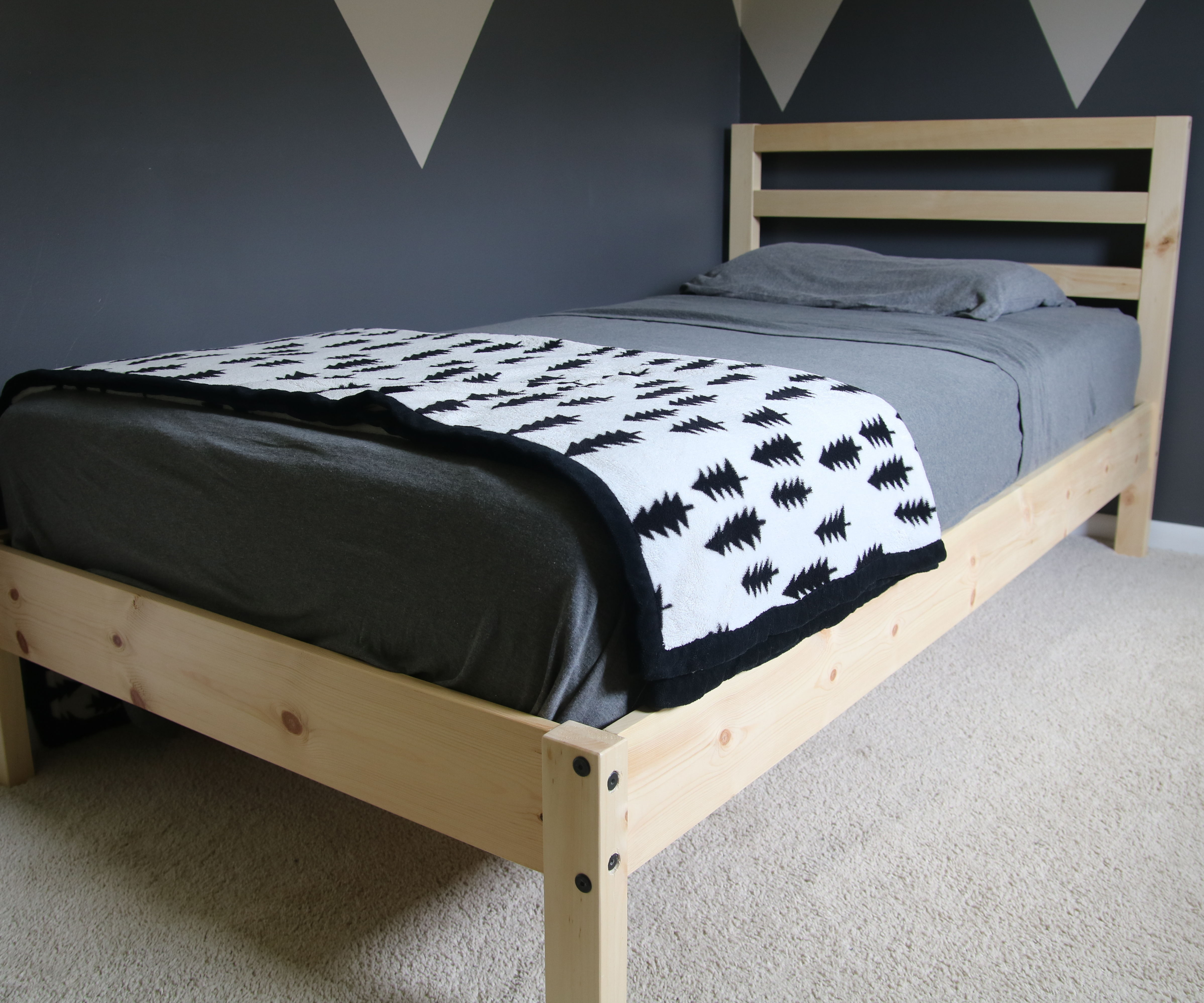 Diy Twin Bed 8 Steps With Pictures Instructables