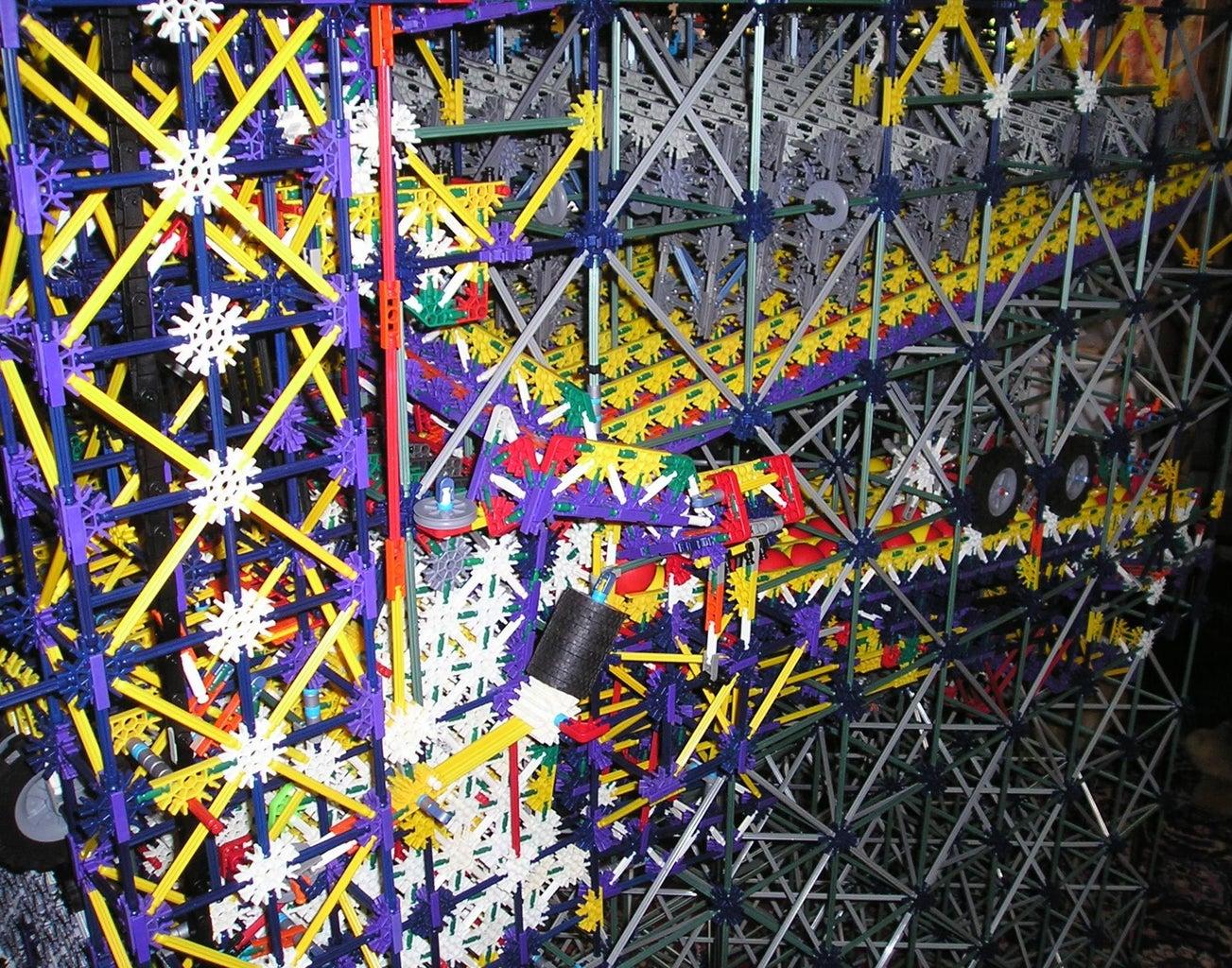 K'Nex Bouncing-Ball Amusement Machine