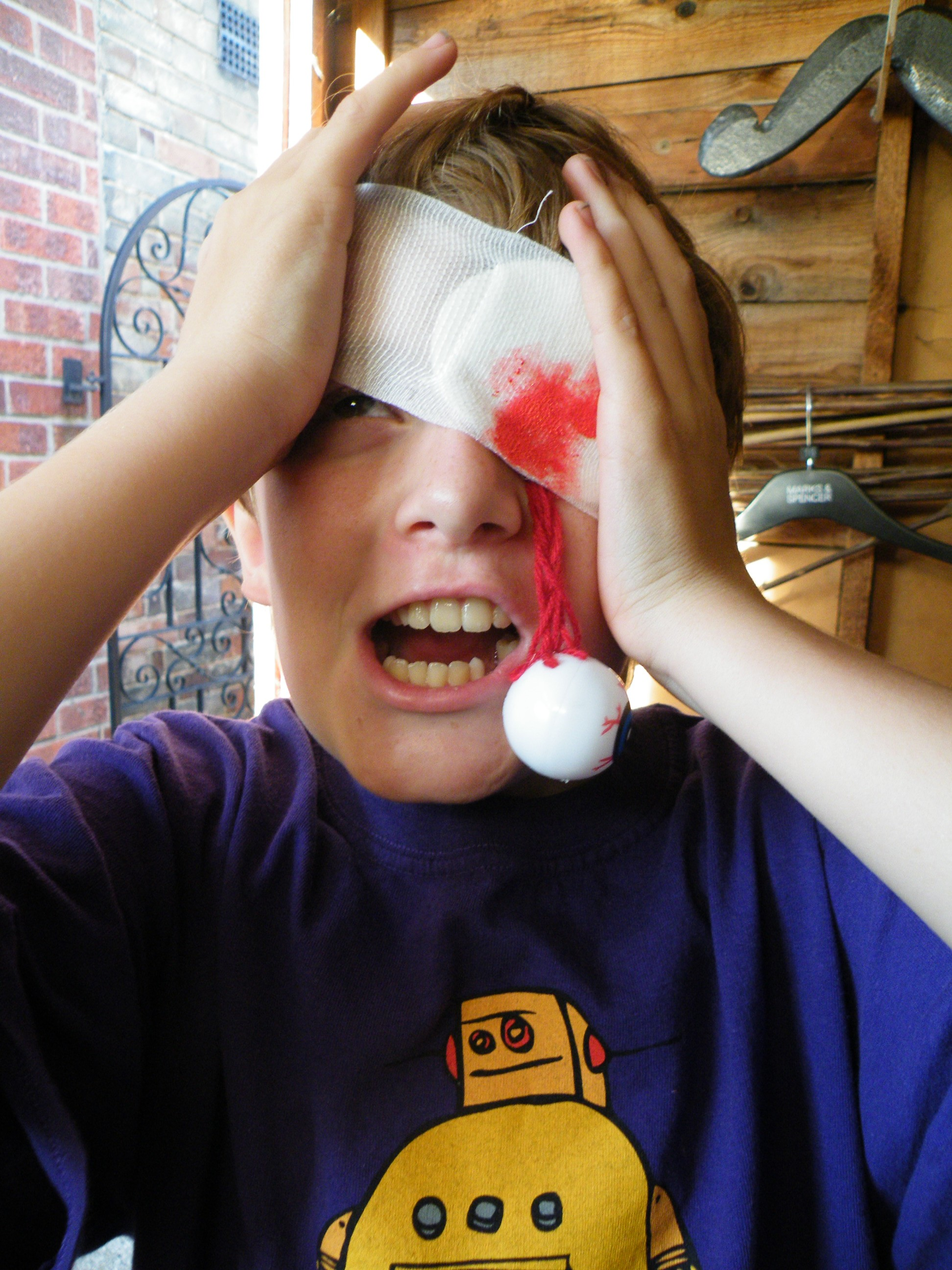 Popped Eyeball Halloween Costume