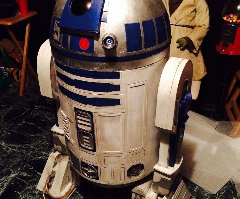 R2-D2 astromech from cardboard
