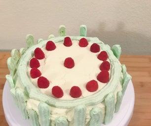 春天树莓蛋糕
