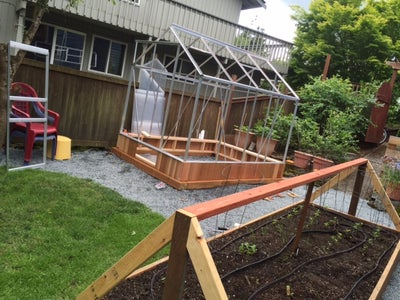 Building Pony Wall