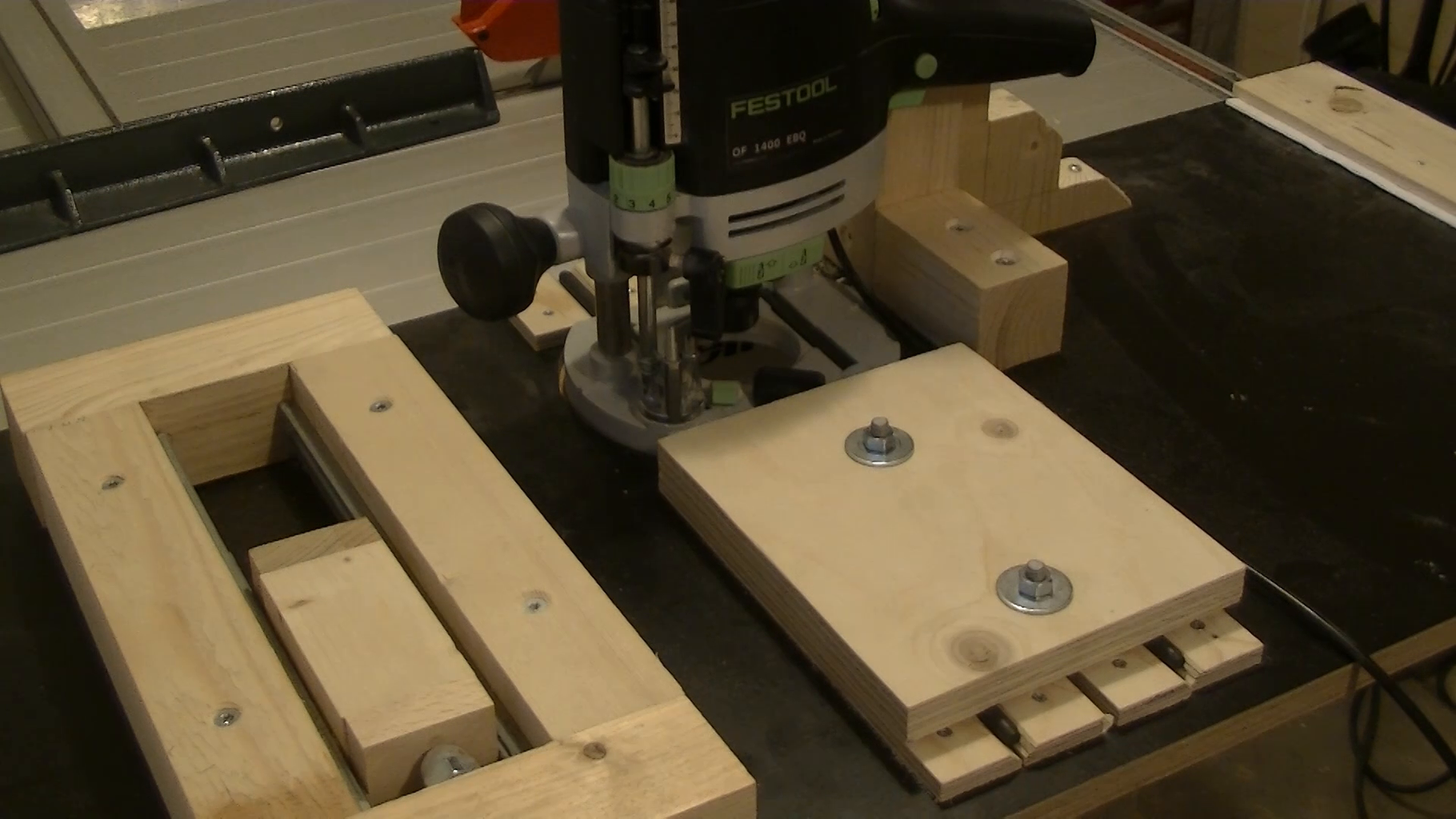 3 Steps to Build the Router Table