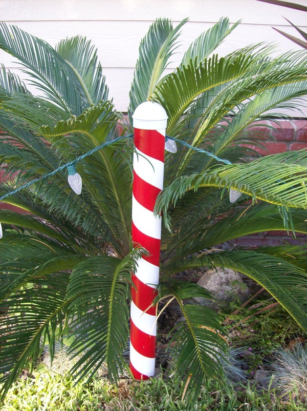 Christmas Candy Cane Post