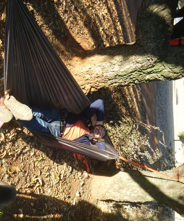 DIY Cheap, Quick and Easy, Compact Travel Hammock With Tree Straps