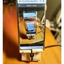 Phone Holder Made of Baking Soda and Super Glue