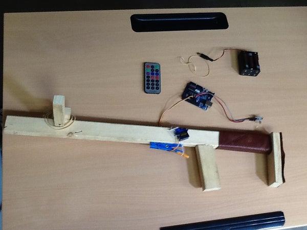 Remote Controled Rubberband Gun