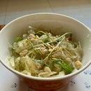 Super Easy Thai Style Papaya Salad (Som Tam) with Kitchen Leftovers
