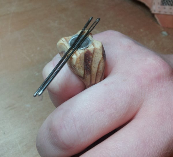 Needle-Keeping Ring
