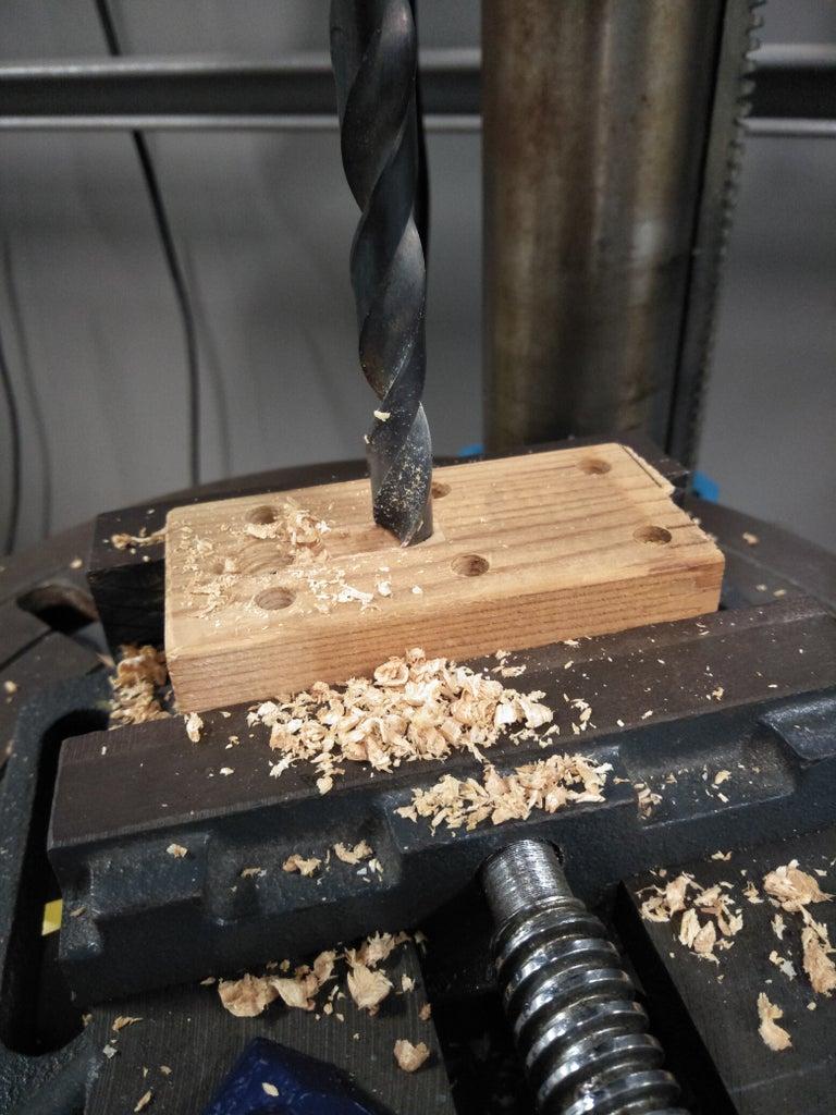 Begin: Making Slots on the Stump Posts