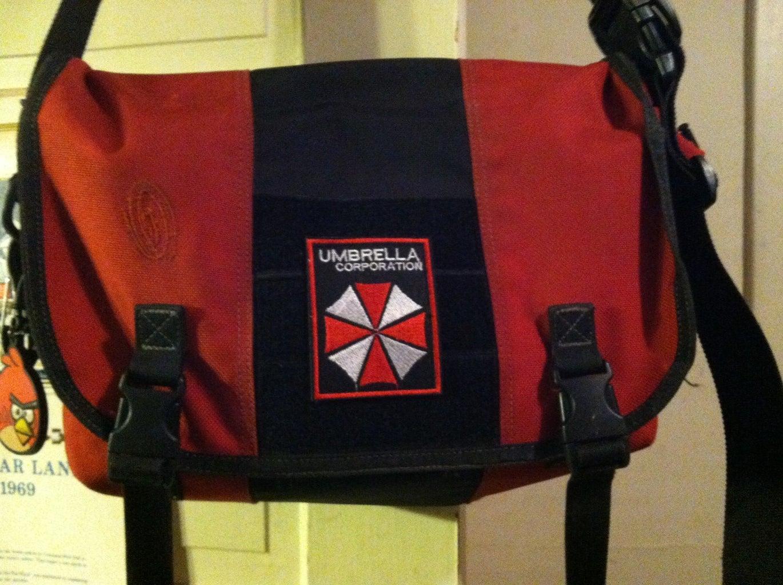 Customizable Messenger Bag Hack