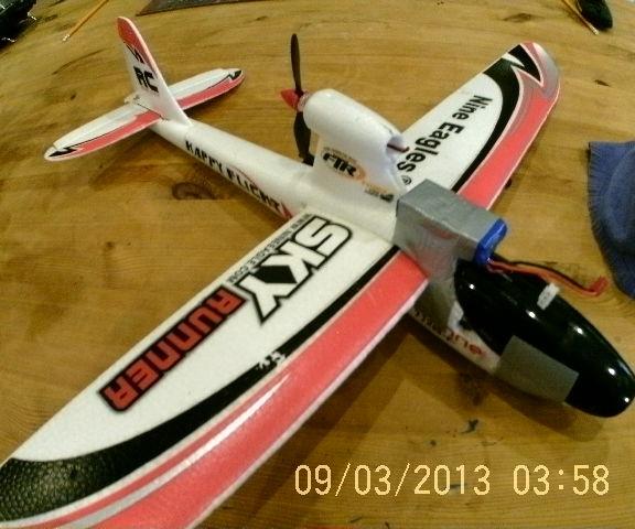 Small,cheap RC Plane!