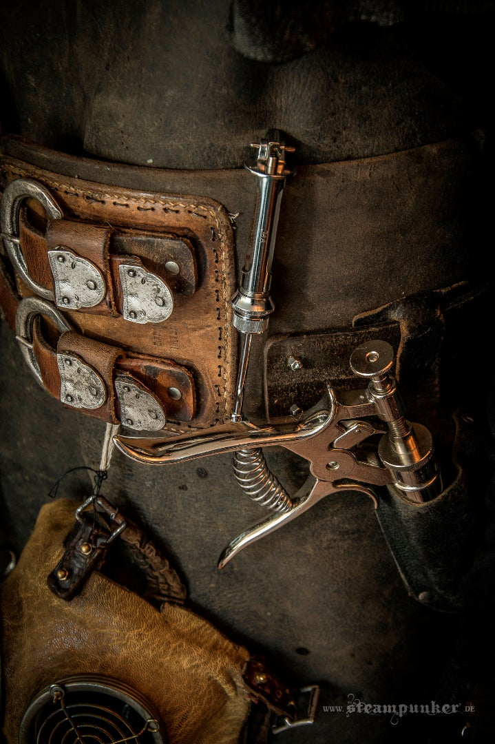The Belt and the Instruments