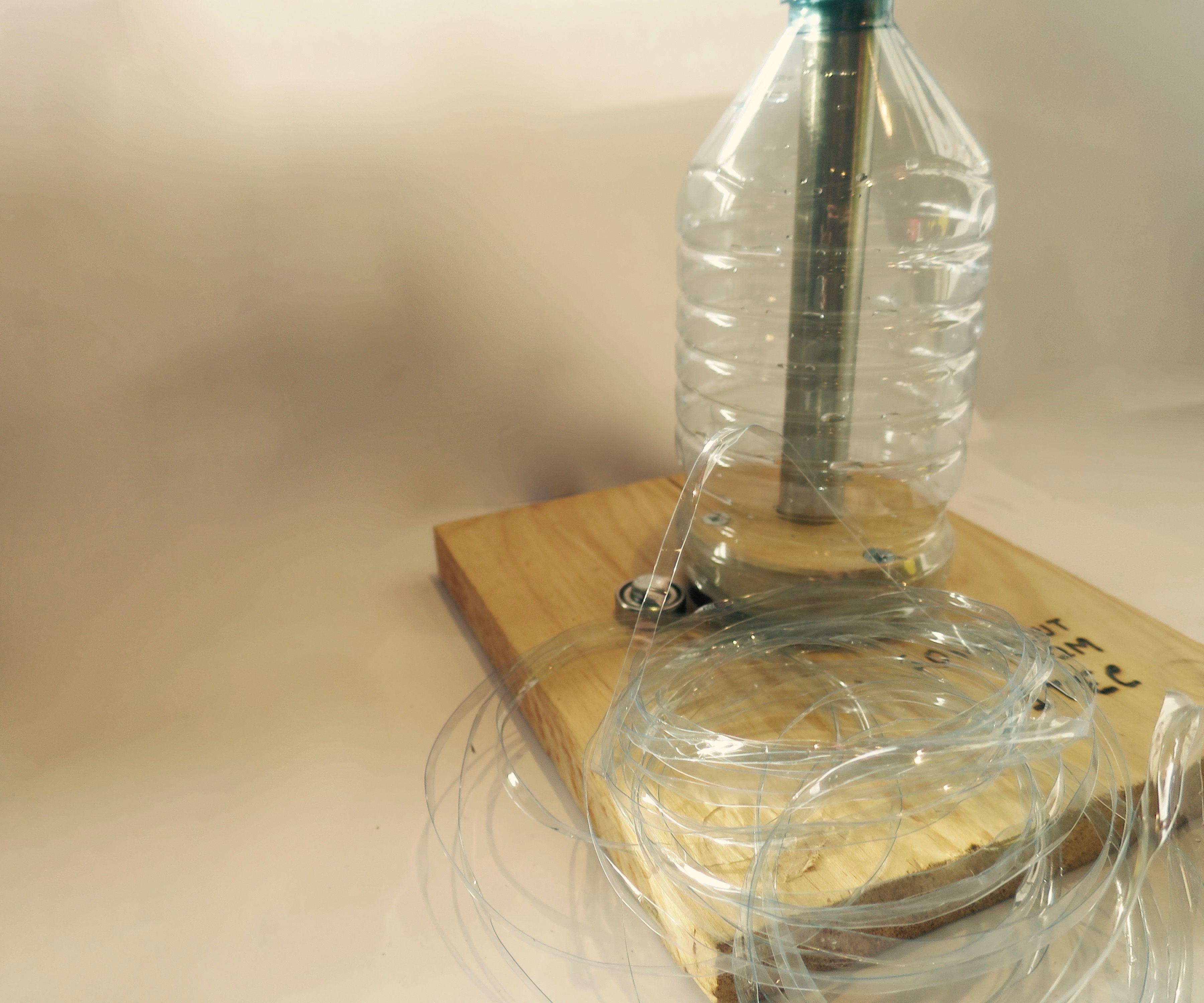 turn plastic bottles into string