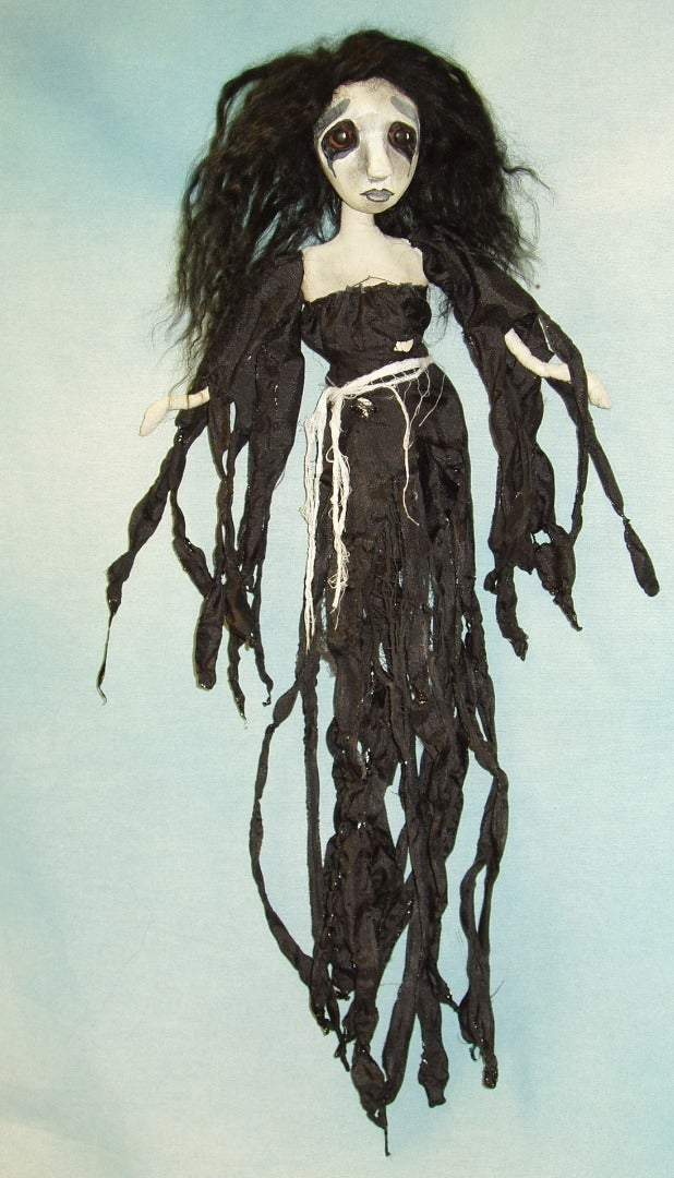 "Ghoulianna 18"" Hanging Halloween Doll"