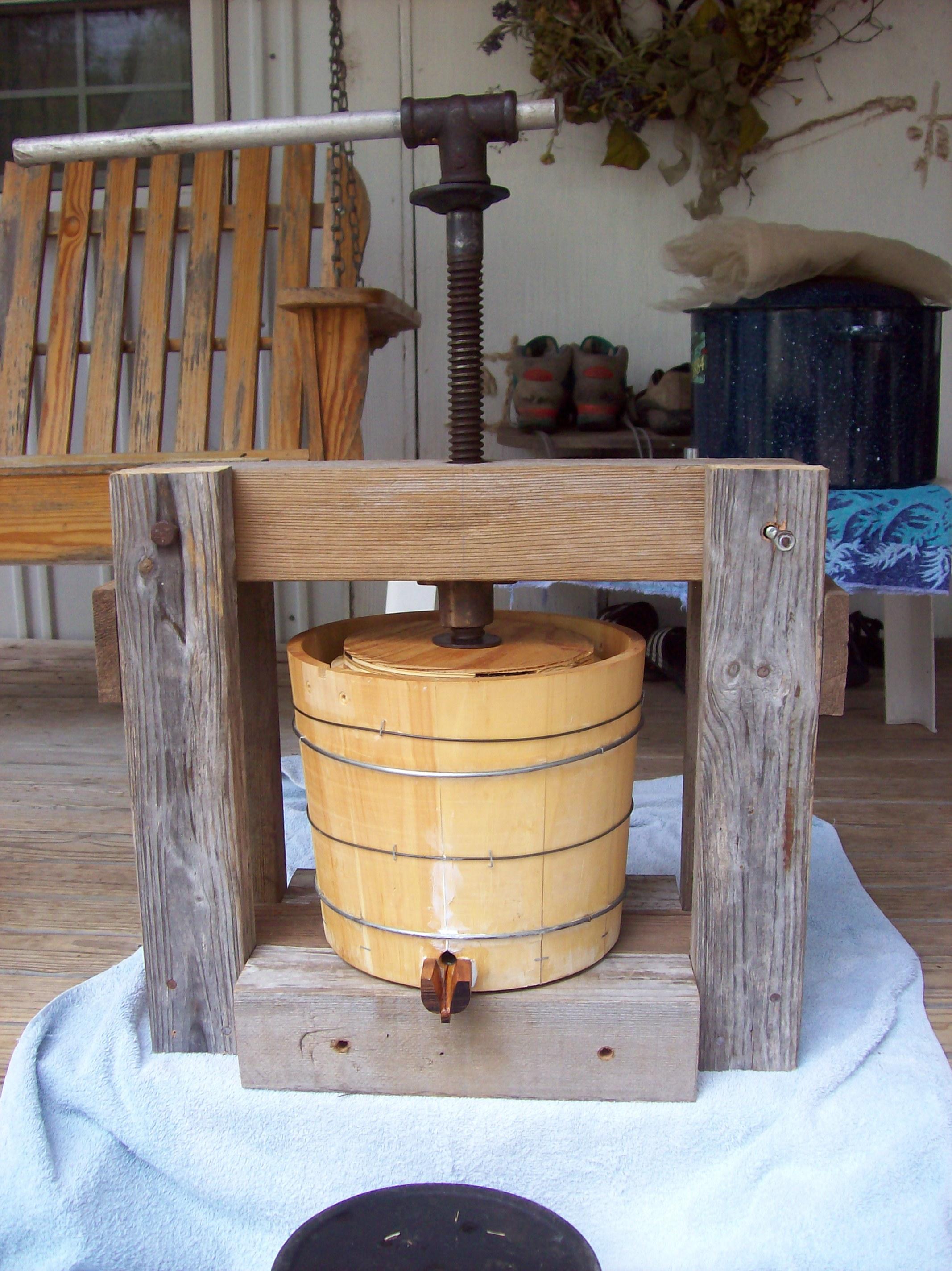 Small Homebuilt Cider Press