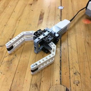 Simplest EV3 Robot Claw/Gripper