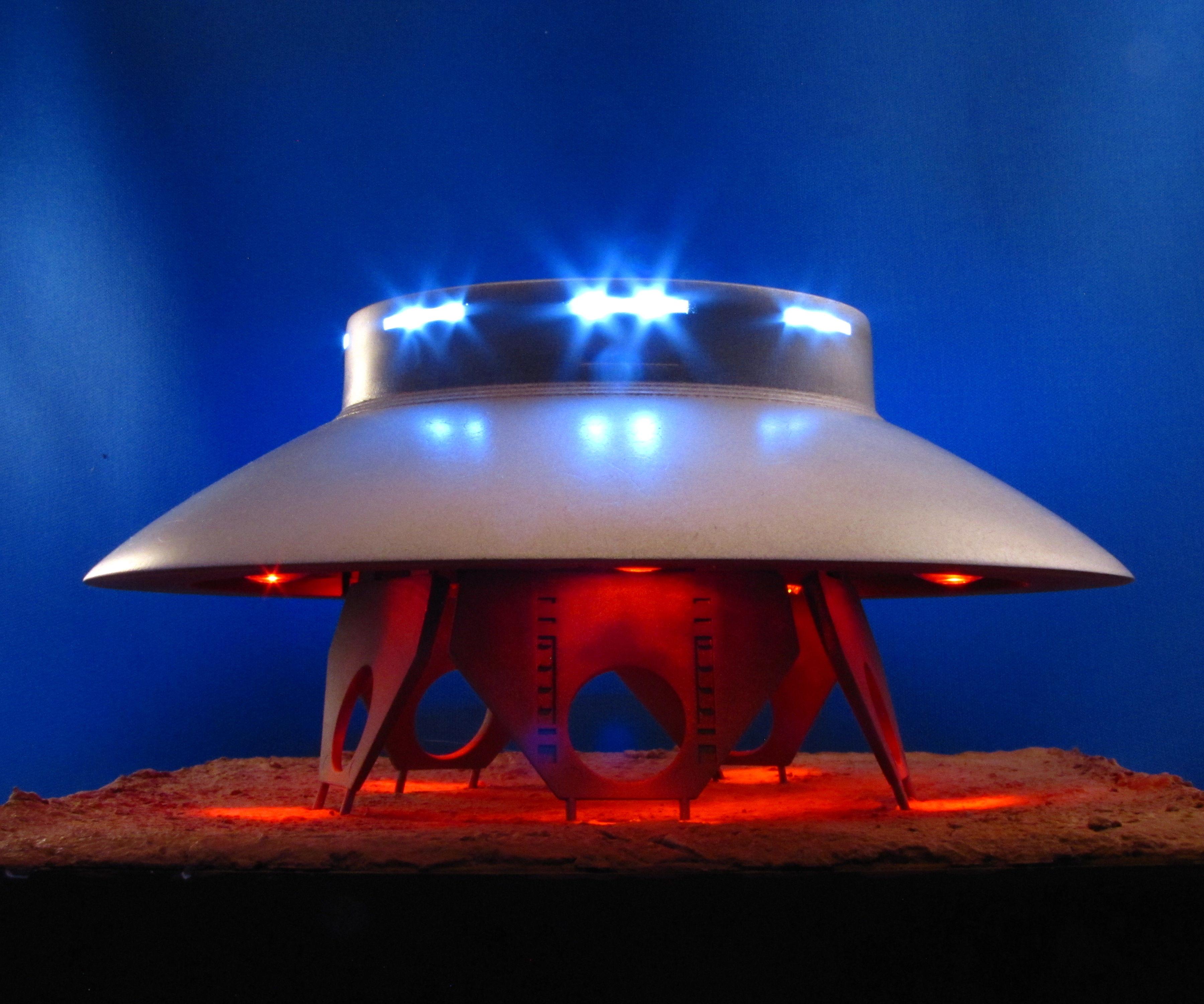 LED Lighting in Plastic Models