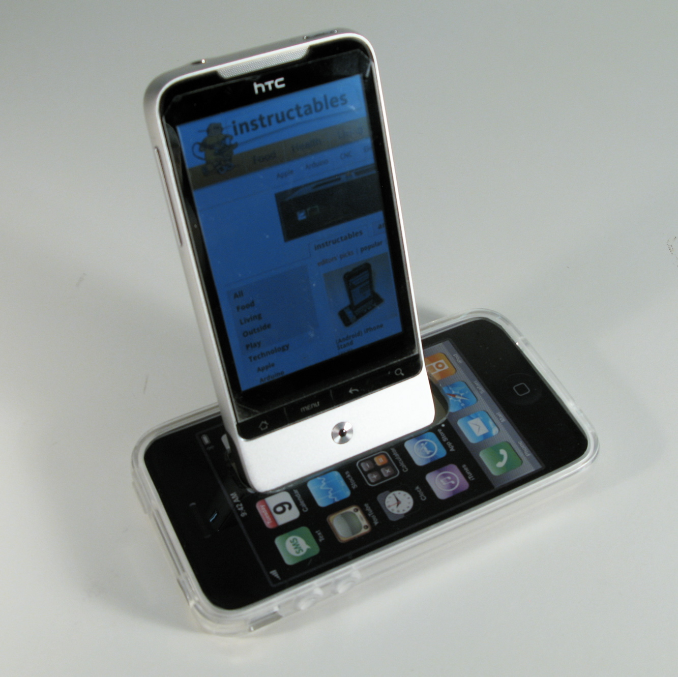 (Android) iPhone Stand