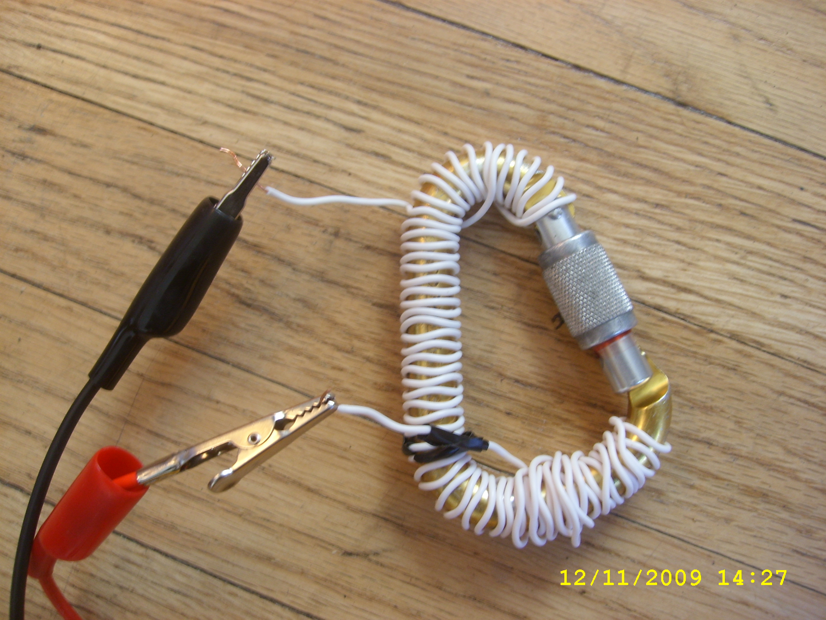 $2 Carabiner AC amp sensor (aka current transducer, CT sensor, amp meter, split core clamp-on ammeter)
