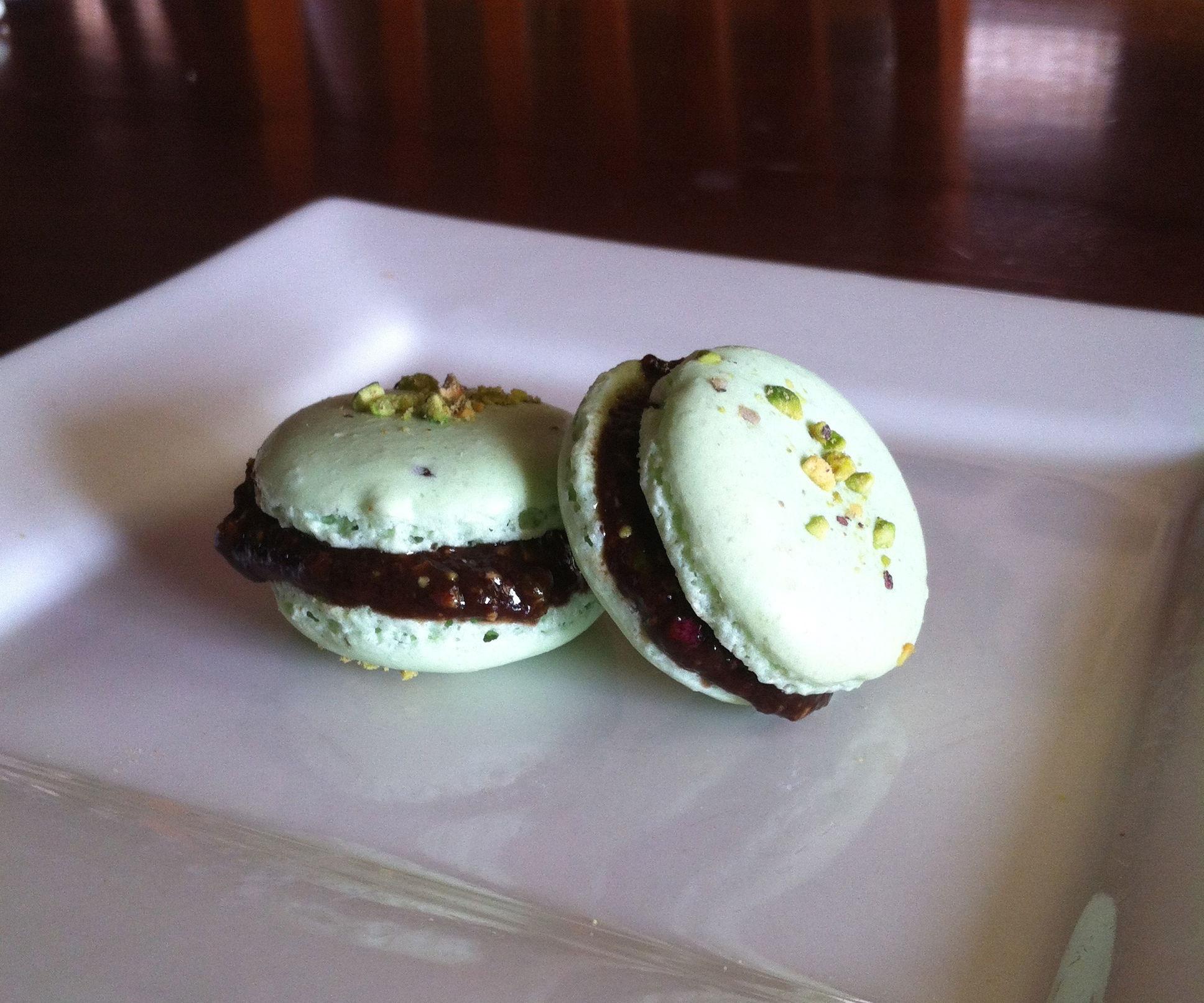 Easiest Pistachio Macarons!