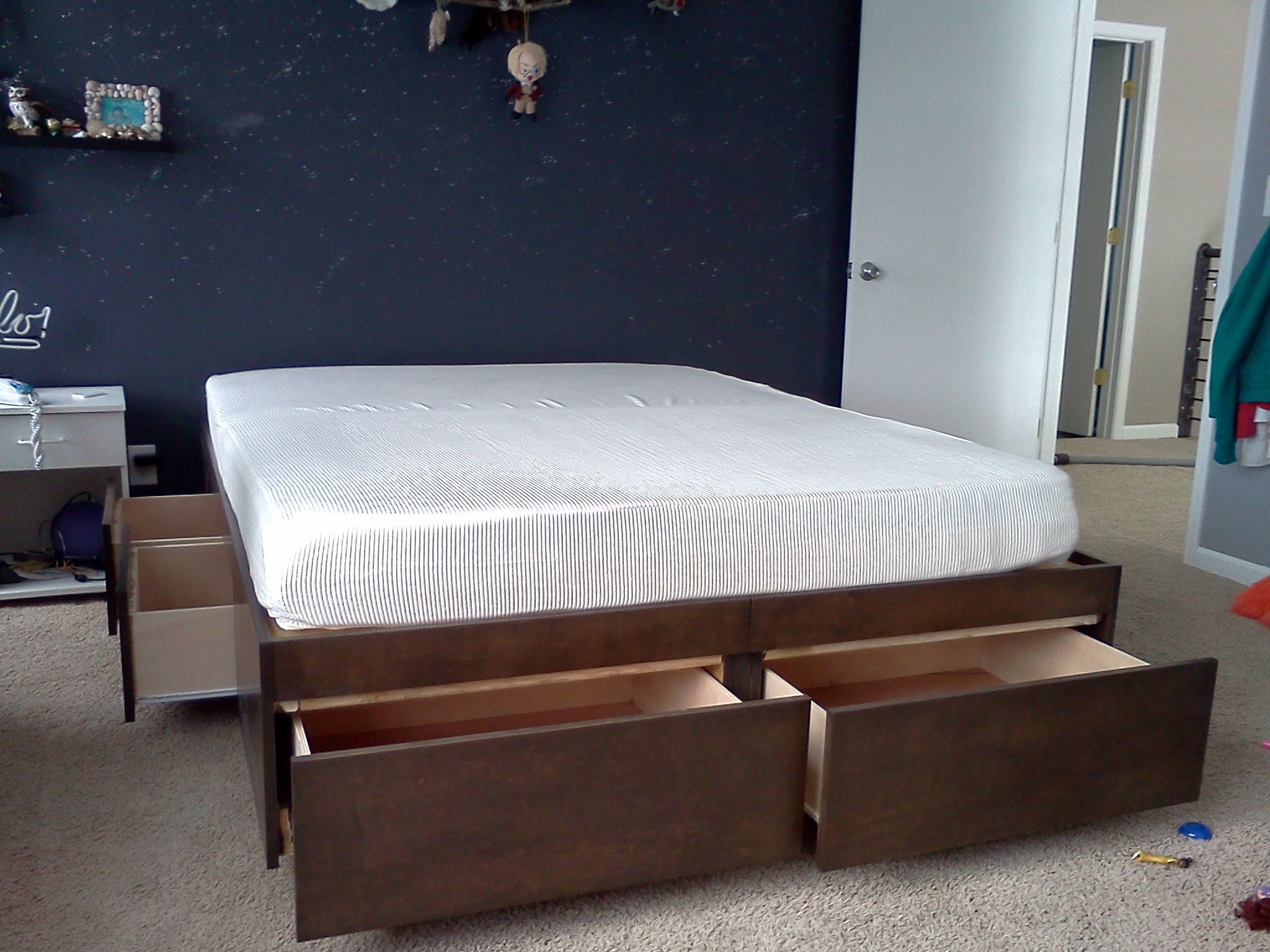 Picture of: Platform Bed With Drawers 8 Steps With Pictures Instructables