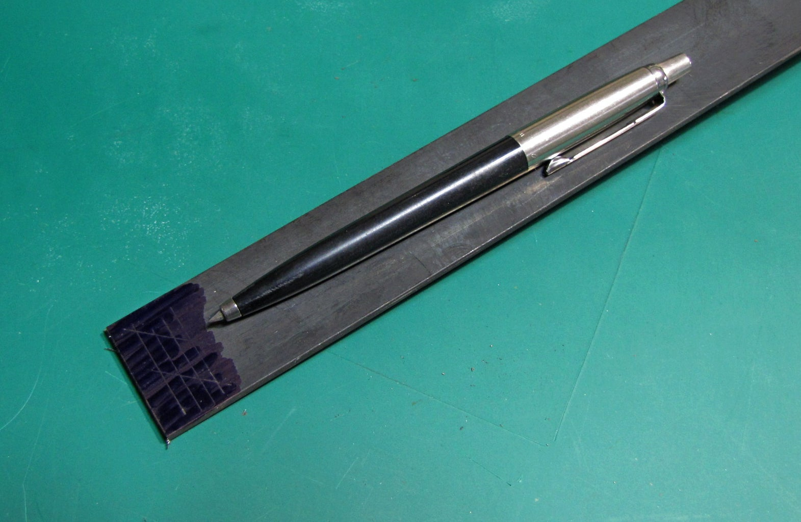 How to Turn a Ballpoint Pen Into a Metal Scriber...