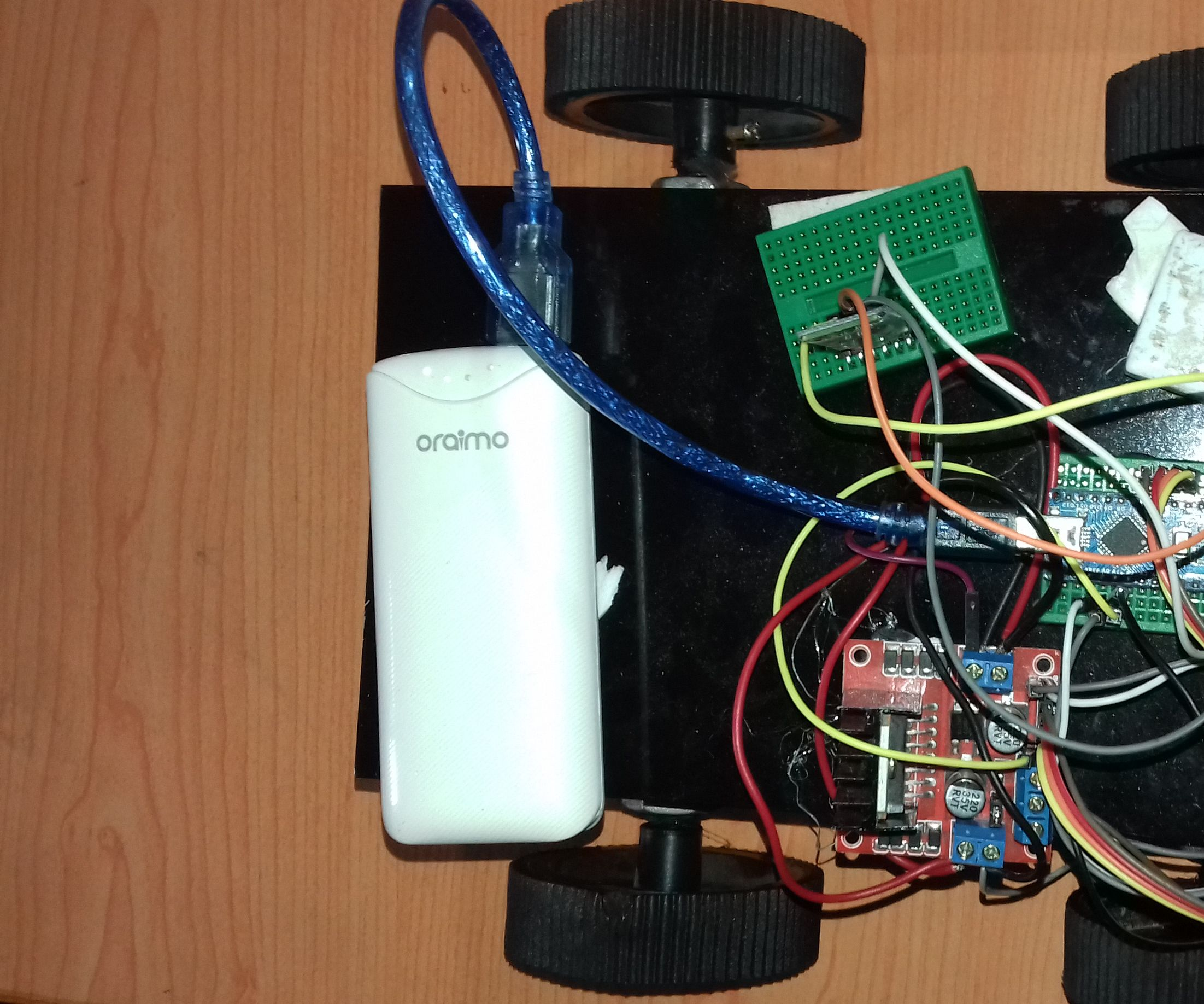 Bluetooth Controlled 4wd Arduino Robot