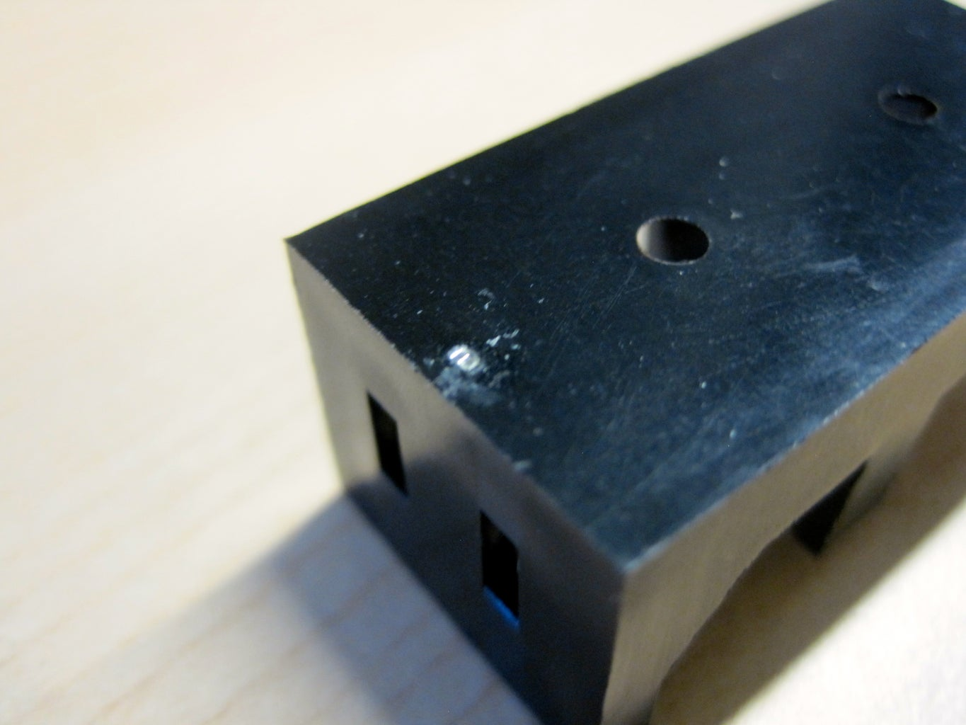 Making a Compact 6V Supply From Two CR123 Battery Clips