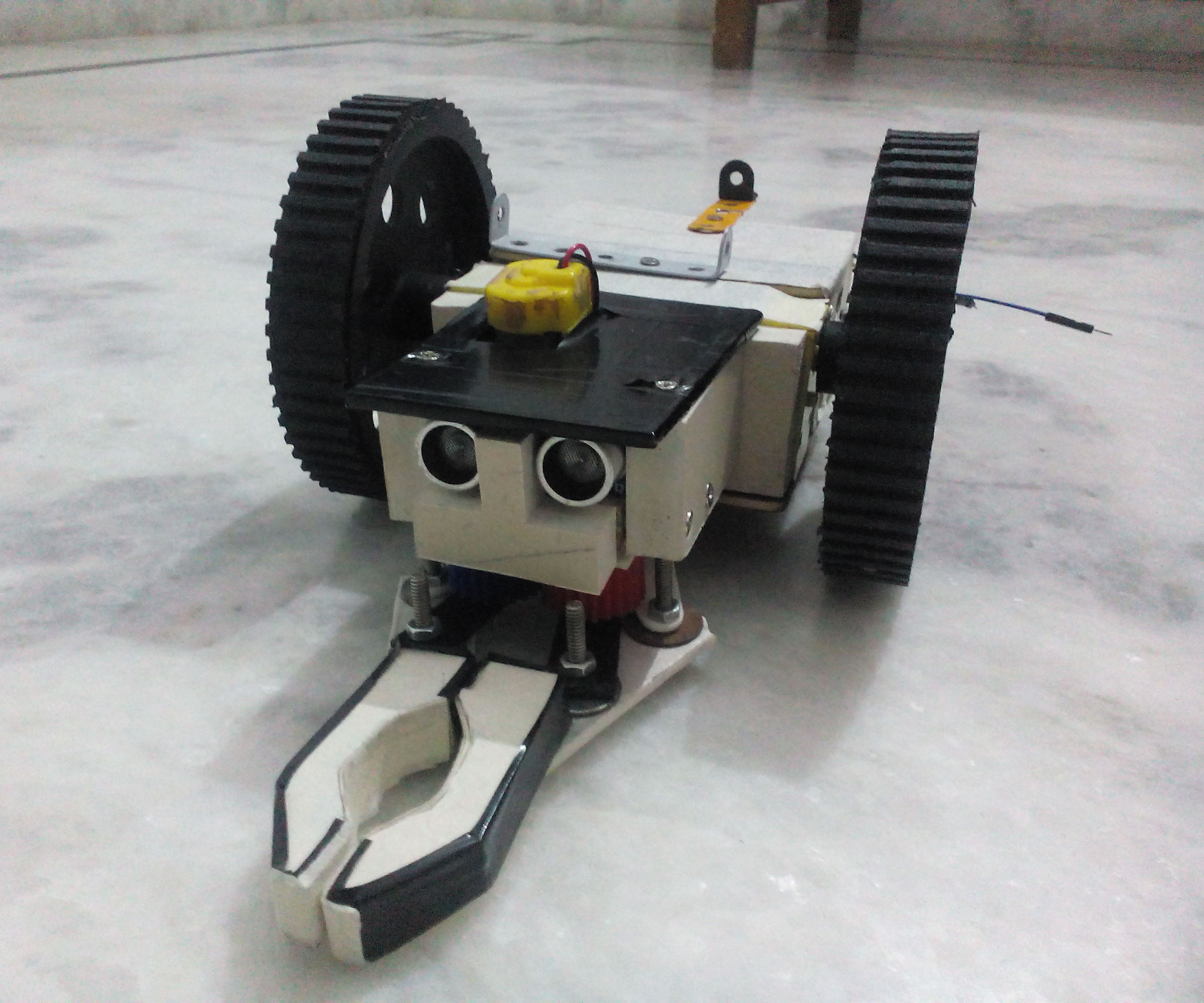 Wooden Chassis for Arduino Rc Car.
