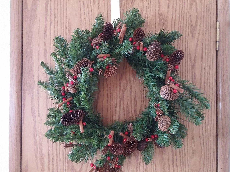 Artificial Tree Repurposed: Christmas Wreath and Mini Tree