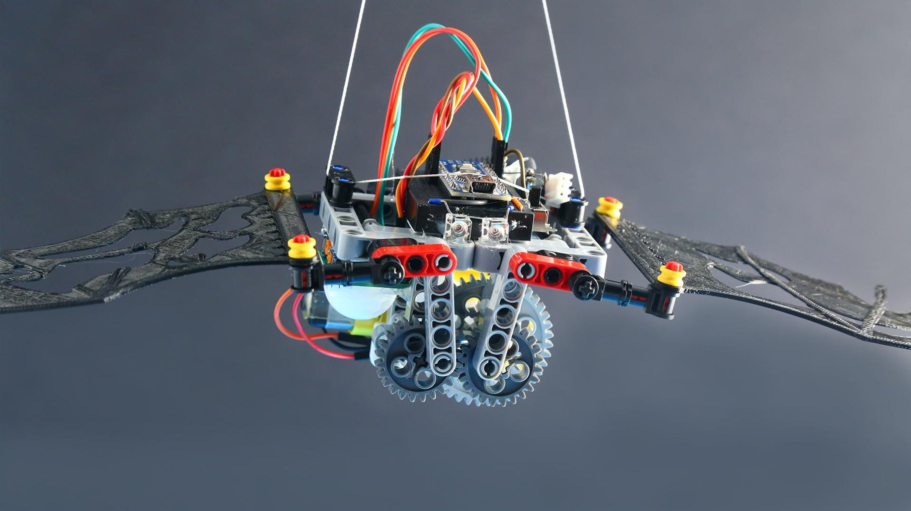 A Crank Mechanism for the Flapping Wings