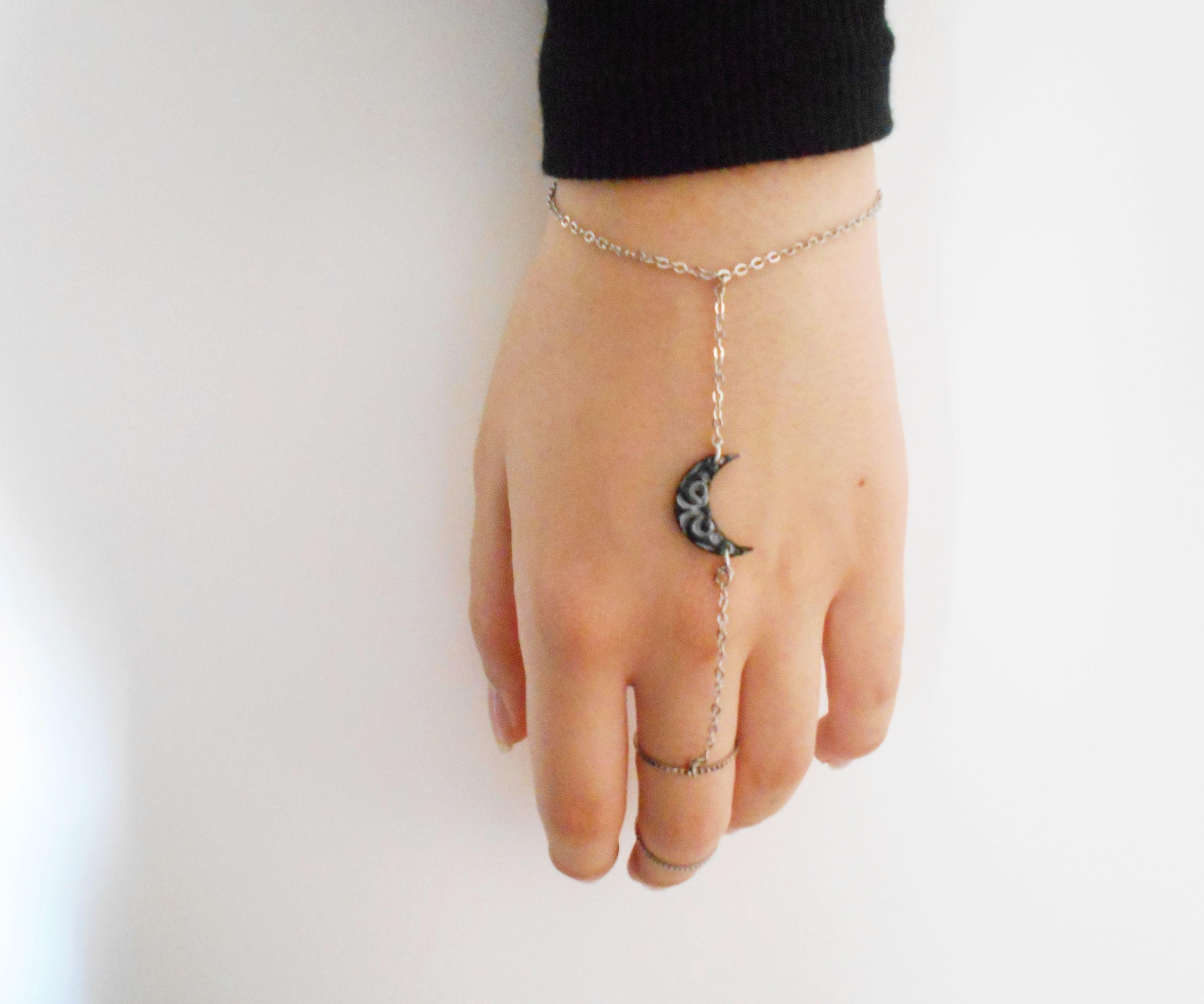 Moon Charm Ring Bracelet